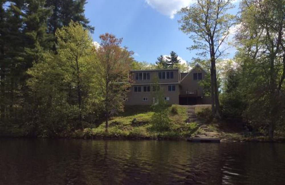112 Lily Pond Rd, Somersworth, NH 03878