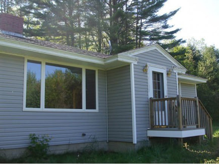 125 Old Wakefield Rd, Milton, NH 03851