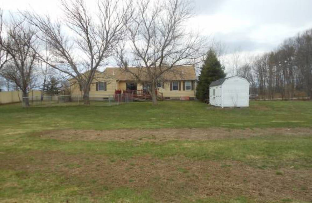 168 Roberts Rd, Rollinsford, NH 03869