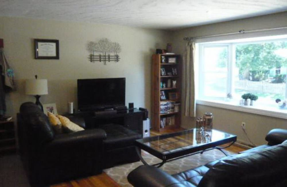 19 Tanglewood Dr, Dover, NH 03820