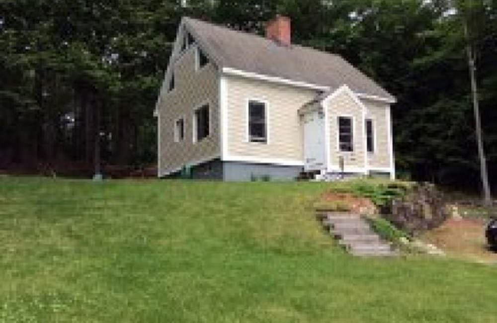 36 Jonathan Ave, Rochester, NH 03839
