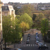 By_Parisperfect.com_1.1-one-bedroom-paris-accomodation-pinot1_zdtw6d
