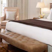 By_www.claridges.co.uk_8-luxury-hotel-rooms-suites-claridges_tknkrt